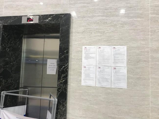 Người đàn ông sàm sỡ cô gái trong thang máy xuất hiện, cư dân một khu chung cư ở Hà Nội họp khẩn - Ảnh 3.