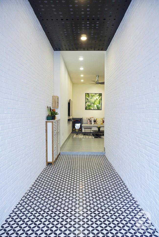 Nhà phố 40m², chiều ngang chỉ 1,8m vẫn đẹp mê hoặc cho gia đình 3 thế hệ sinh sống ở Sài Gòn - Ảnh 3.