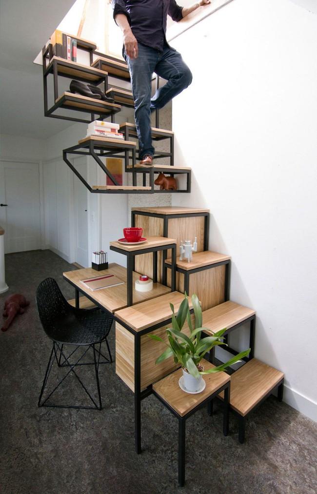 Tận dụng cầu thang thành tủ sách đang trở thành xu hướng, có thiết kế khiến giới mộ điệu phải ngạc nhiên vì sự hoành tráng đến không tưởng - Ảnh 3.