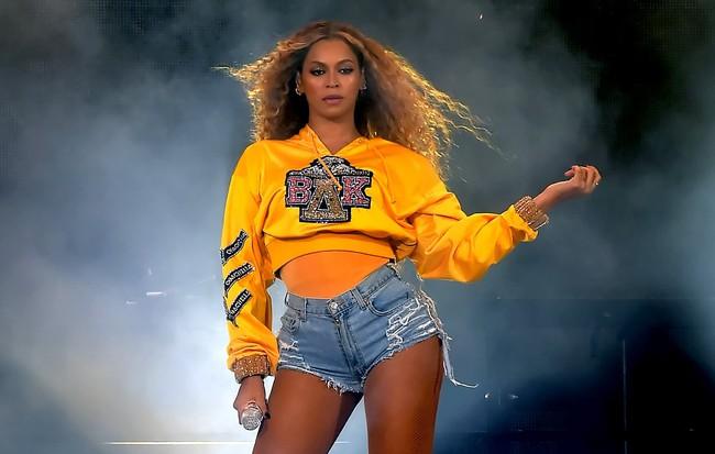 Chế độ ăn kiêng Coachella của Beyoncé cắt bỏ carb, đường, sữa và thịt có thực sự an toàn? - Ảnh 1.