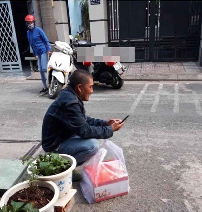 Câu chuyện chú xe ôm công nghệ bị khách bùng 300 nghìn tiền bánh sau khi ròng rã dưới nắng gắt Sài Gòn gây bức xúc - Ảnh 1.