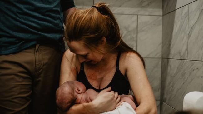 Vượt lên số phận với căn bệnh khiến nhiều chị em khó có con,  bà mẹ trẻ này vẫn thụ thai tự nhiên và sinh thường bé trai thành công ngoài mong đợi - Ảnh 12.