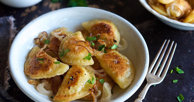Nhìn thì tưởng là bánh bao, dimsum châu Á nhưng hóa ra lại là những món phương Tây - Ảnh 2.