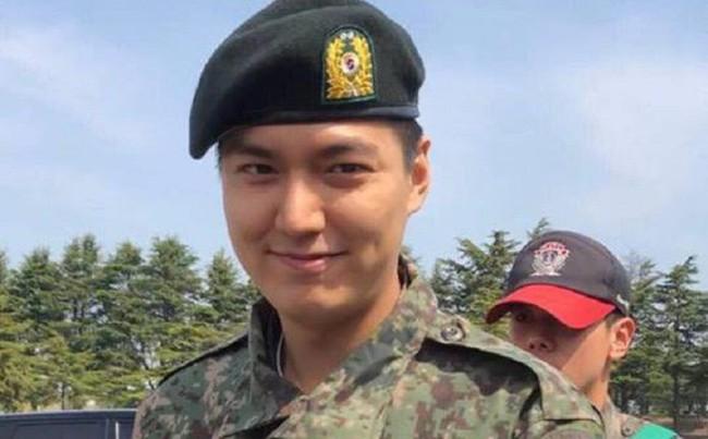 Xem lại Huyền thoại biển xanh của Lee Min Ho, chỉ muốn xách ba lô lên và đi ngay lập tức vì lý do này - Ảnh 8.
