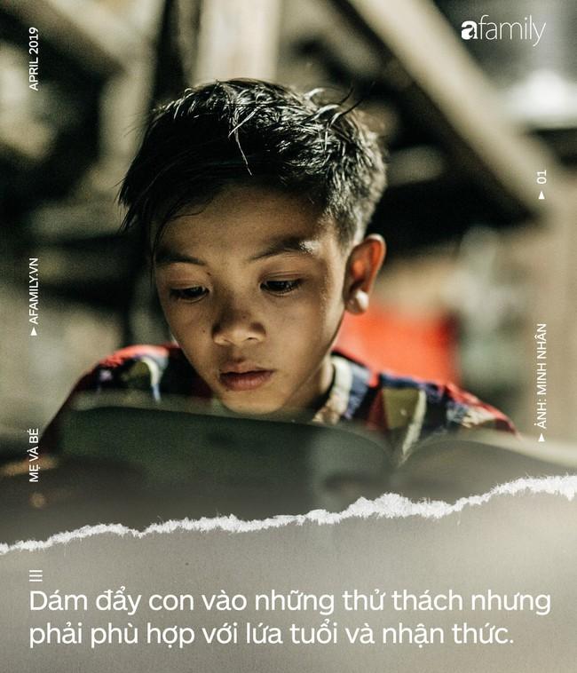 Từ chuyện cậu bé 13 tuổi đạp xe 103 km để thăm em: Hãy dạy con rằng lòng can đảm rất khác sự liều lĩnh - Ảnh 3.