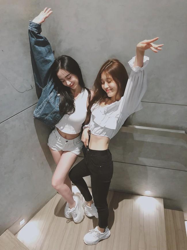Đứng chung một khung hình, Jun Vũ và Han Sara khiến dân tình hết lời khen ngợi khi phô diễn vòng eo con kiến cực phẩm - Ảnh 1.