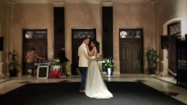 Chồng Tây của diva Hồng Nhung bất ngờ lấy vợ mới sau nửa năm ly hôn - Ảnh 3.