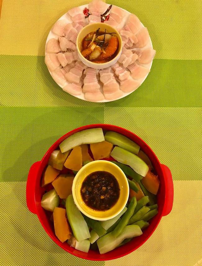 MC Diệp Chi trổ tài làm đồ ăn Nhật tại gia cho con gái Sumo, hội chị em trầm trồ vì hấp dẫn như nhà hàng - Ảnh 5.