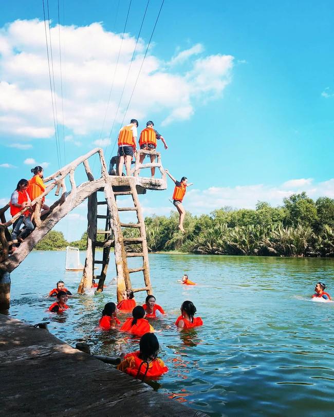 4 khu du lịch sinh thái gần Sài Gòn đi về trong ngày, thích hợp cho bố mẹ đưa con đi chơi dịp lễ sắp tới - Ảnh 4.