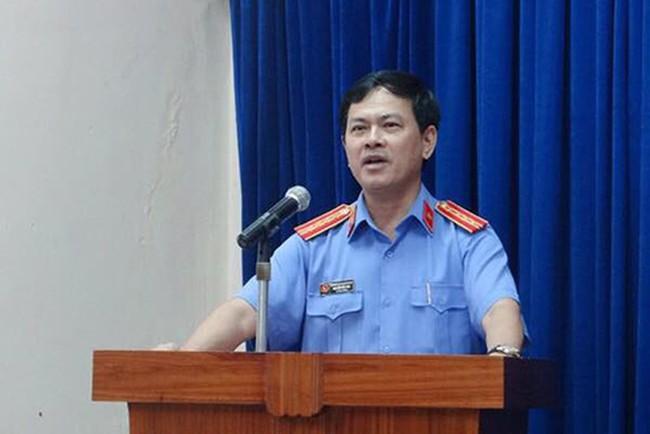 Trước khi cựu Phó VKS Đà Nẵng nựng yêu bé gái, đã có Nguyễn Khắc Thủy dâm ô nhiều trẻ em ở chung cư Vũng Tàu - Ảnh 3.