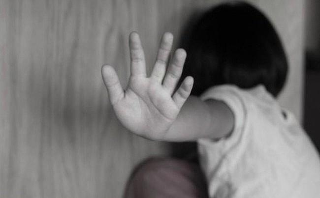 Trước khi cựu Phó VKS Đà Nẵng nựng yêu bé gái, đã có Nguyễn Khắc Thủy dâm ô nhiều trẻ em ở chung cư Vũng Tàu - Ảnh 6.
