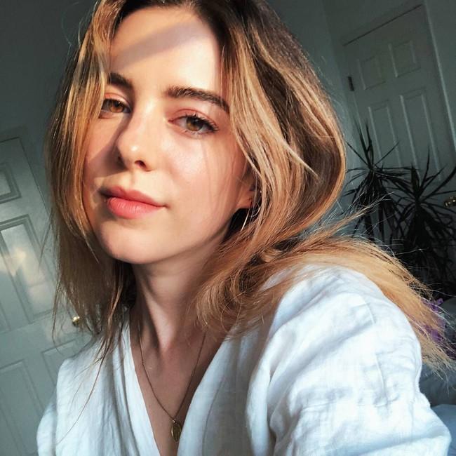 Một beauty editor tiết lộ 5 món skincare với siêu năng lực làm đẹp da chỉ sau 1 đêm - Ảnh 1.