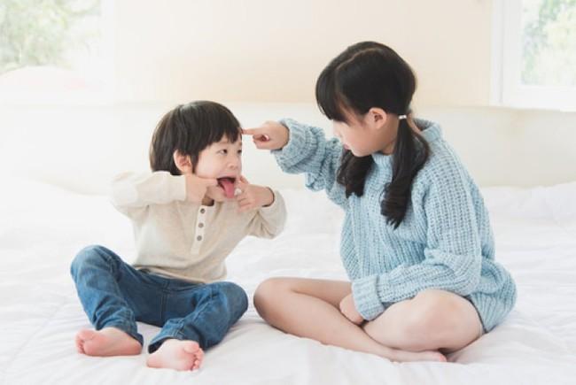 Con cái trong nhà suốt ngày cãi nhau thì đây chính là điều mà cha mẹ nên làm thay vì can ngăn - Ảnh 2.