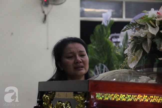 Nhìn nghệ sĩ Lê Bình vẫn đội chiếc mũ quen thuộc lúc nhập quan, nhiều người xúc động rơi nước mắt - Ảnh 22.