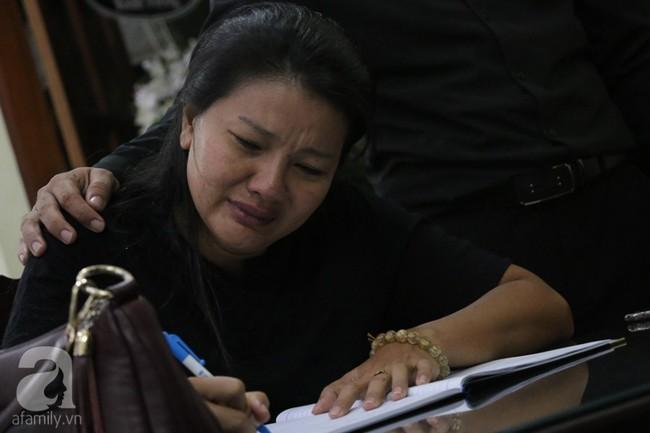 Nhìn nghệ sĩ Lê Bình vẫn đội chiếc mũ quen thuộc lúc nhập quan, nhiều người xúc động rơi nước mắt - Ảnh 25.