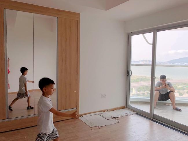Hằng Túi đi Đà Nẵng mãi chưa về Hà Nội, hóa ra lý do vì cô đi thăm căn hộ mới tậu siêu to đẹp, 11 năm giờ mới xây xong - Ảnh 1.