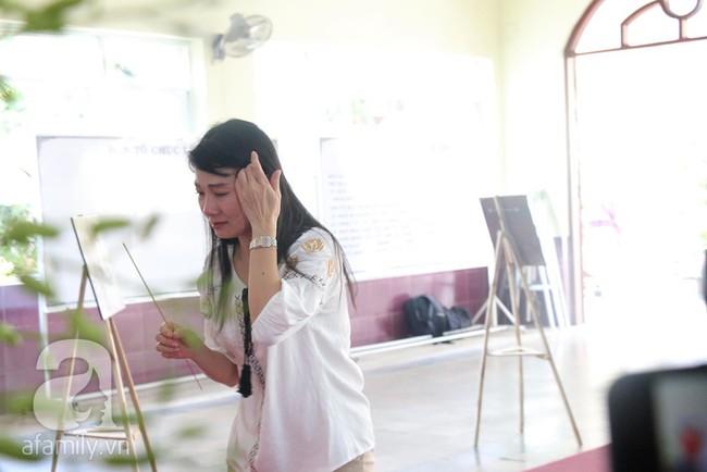 Nhìn nghệ sĩ Lê Bình vẫn đội chiếc mũ quen thuộc lúc nhập quan, nhiều người xúc động rơi nước mắt - Ảnh 3.