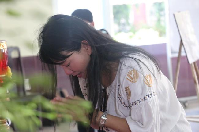 Nhìn nghệ sĩ Lê Bình vẫn đội chiếc mũ quen thuộc lúc nhập quan, nhiều người xúc động rơi nước mắt - Ảnh 6.