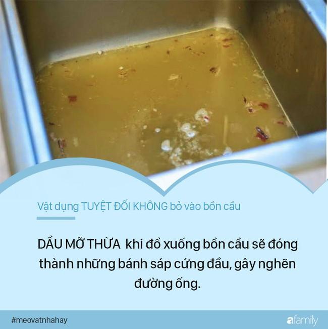 Mẹo vặt: 8 thứ tuyệt đối không được vứt vào bồn cầu vì cực kỳ nguy hiểm, nếu ngoan cố có ngày nhà sẽ ngập nước thải - Ảnh 8.