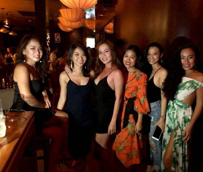 Đạo diễn Lê Hoàng khiến MXH xôn xao khi nói: Sự nghiệp giải phóng phụ nữ bắt nguồn từ chính họ và nâng ngực là quyền chính đáng! - Ảnh 3.
