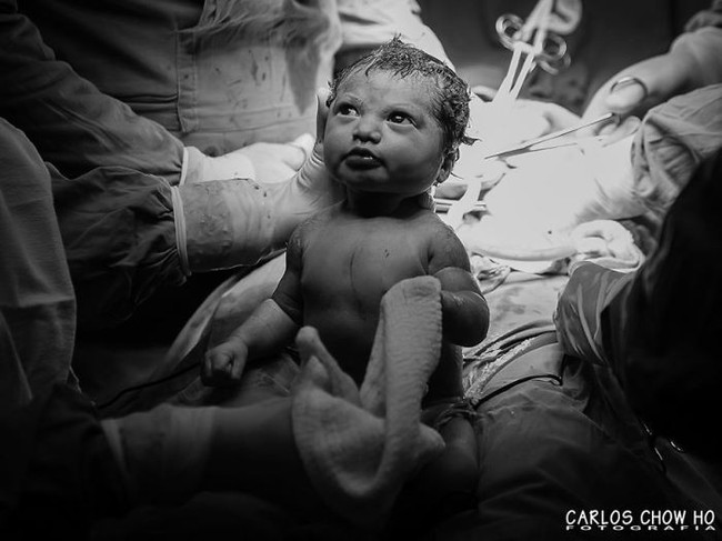 Cùng ngắm bộ ảnh tuyệt vời lột tả chính xác những điều chẳng ai kể khi mẹ sinh con - Ảnh 2.