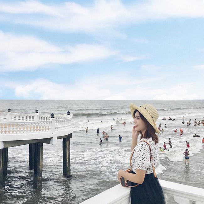 Không thể ngờ ở ngay gần Hà Nội cũng có khu cầu cảng trắng muốt mang hơi thở châu Âu thế này - Ảnh 12.