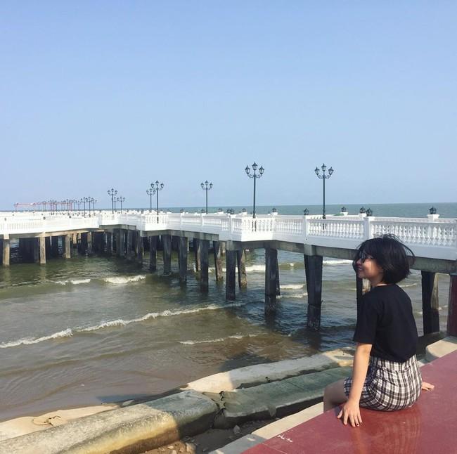 Không thể ngờ ở ngay gần Hà Nội cũng có khu cầu cảng trắng muốt mang hơi thở châu Âu thế này - Ảnh 9.