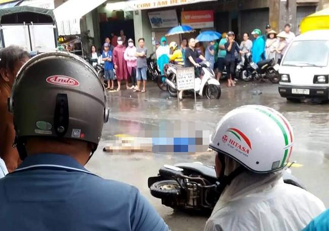 TP.HCM: Đi báo tin bà ngoại mất lúc trời mưa lớn, thiếu nữ 16 tuổi chết thảm dưới bánh xe tải - Ảnh 2.