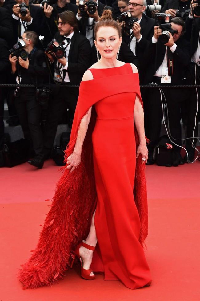 Những bộ đầm đỏ đẹp nhất qua các mùa Cannes: Phạm Băng Băng với xưng danh nữ hoàng thảm đỏ nhưng vẫn thua hẳn Lý Nhã Kỳ - Ảnh 13.