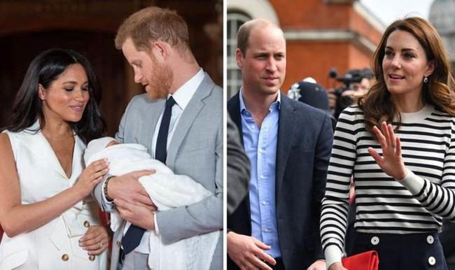 Cung điện hoàng gia chính thức lên tiếng về nghi vấn rạn nứt giữa hai cặp đôi hoàng gia khi vợ chồng Công nương Kate không đi thăm con trai mới sinh của Meghan - Ảnh 1.