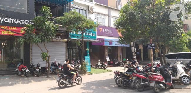 Hà Nội: Khu phố hoảng loạn vì đám cháy bất ngờ, nghi do chập điện trong ngôi nhà không có người ở - Ảnh 5.