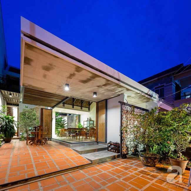 Ngôi nhà có tuổi lột xác thành nhà vườn xanh mát của cặp vợ chồng về hưu ở Vĩnh Long - Ảnh 5.