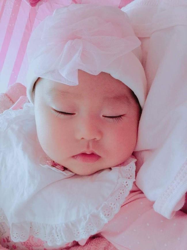 Hành trình mang thai nghẹt thở, tim thai có khi đập 300 lần/phút, phải mổ đẻ gấp của mẹ bầu Hà Nội - Ảnh 7.