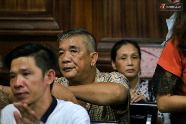 Bố Văn Kính Dương chia sẻ sau 5 ngày xét xử: Tôi từng khuyên con trai nhưng nó bảo nhiều việc nên chưa ra đầu thú - Ảnh 2.