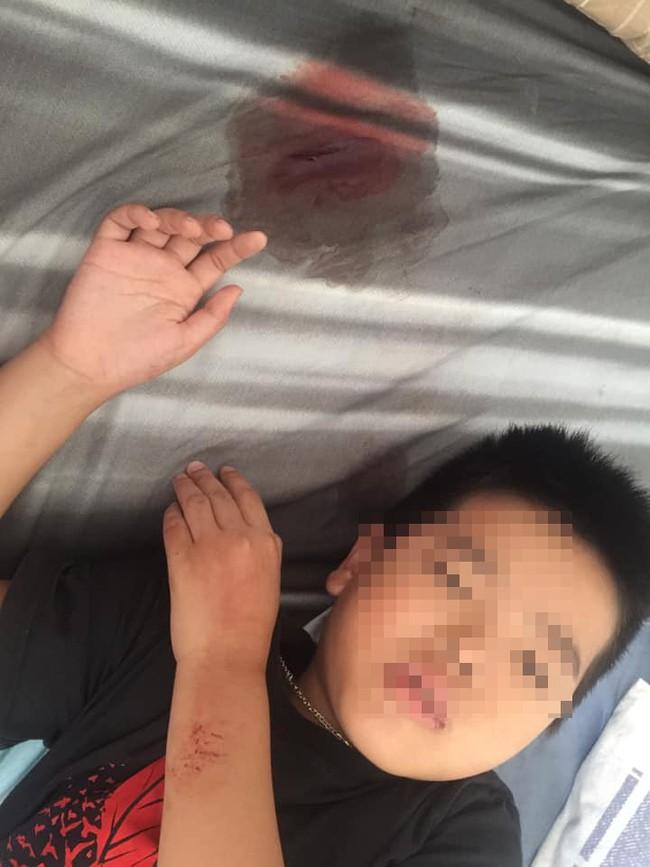 Clip: Cô giáo chửi mắng, đánh, tát vào mặt nhiều học sinh lớp 2 gây phẫn nộ tại Hải Phòng - Ảnh 2.