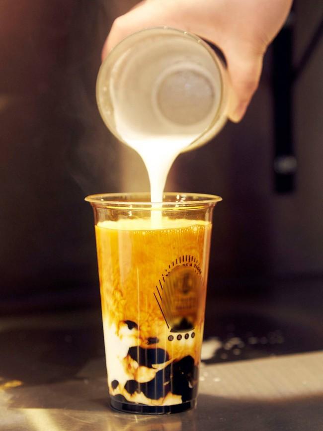 Loại kem mới xuất hiện làm dậy sóng hội chị em hảo ngọt châu Á: Hương vị hệt trà sữa đường đen, có cả trân châu dẻo mềm - Ảnh 1.