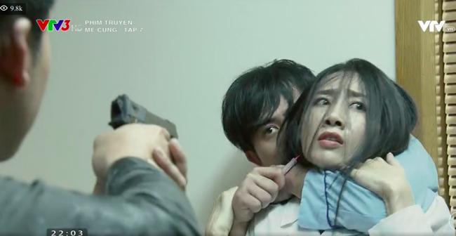 Mê cung tập 7: Fedora - Doãn Quốc Đam ôm bom giết mẹ không thành, cô gái xinh đẹp thoát chết trong gang tấc - Ảnh 5.