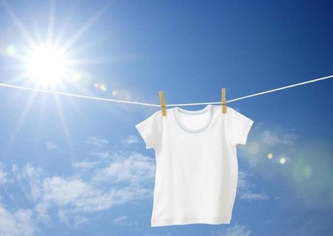 Nắng nóng gay gắt, BS Bệnh viện 108 tiết lộ bí quyết giúp cơ thể mát mẻ hơn cực đơn giản - Ảnh 1.