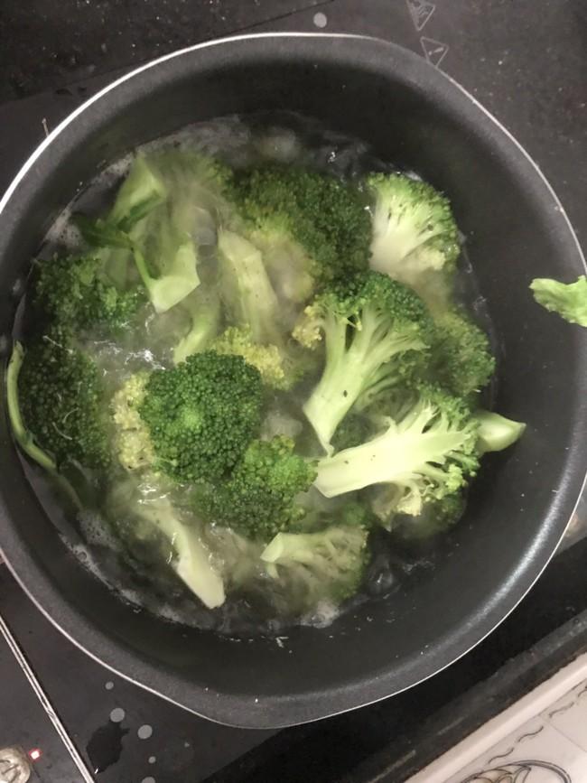 Bữa trưa giảm cân cực đơn giản mà hiệu quả không ngờ - Ảnh 4.