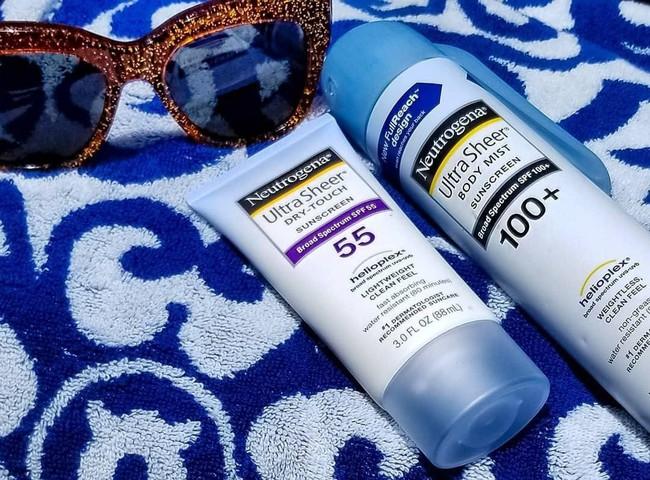 Đây là 5 sản phẩm chống nắng được chính các bác sĩ da liễu dùng mỗi ngày, bạn còn lăn tăn gì mà không thử luôn  - Ảnh 2.