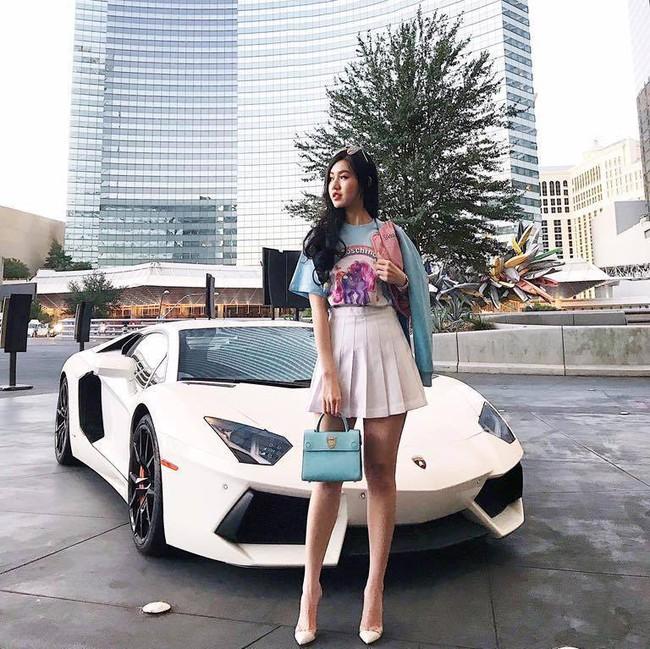Bà mẹ trẻ sở hữu dàn siêu xe hơn 100 tỷ đồng là ai? - Ảnh 6.