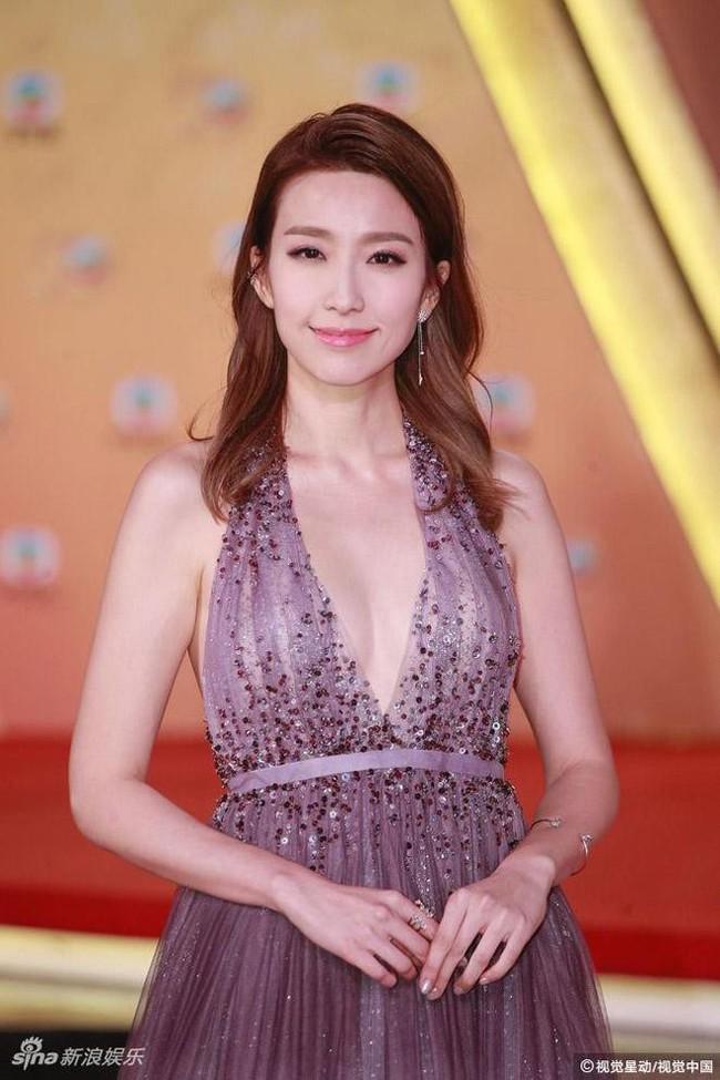Showbiz Hong Kong lại chấn động vì tin ngoại tình: Hoa đán TVB Diêu Tử Linh bị lộ ảnh giường chiếu với chồng của bạn thân? - Ảnh 5.