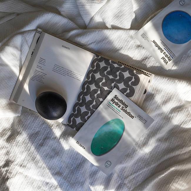 5 loại mặt nạ Hàn Quốc dưỡng da căng bóng mướt mát, quá tuyệt để chiều chuộng làn da sau 1 ngày hè nóng nực - Ảnh 3.
