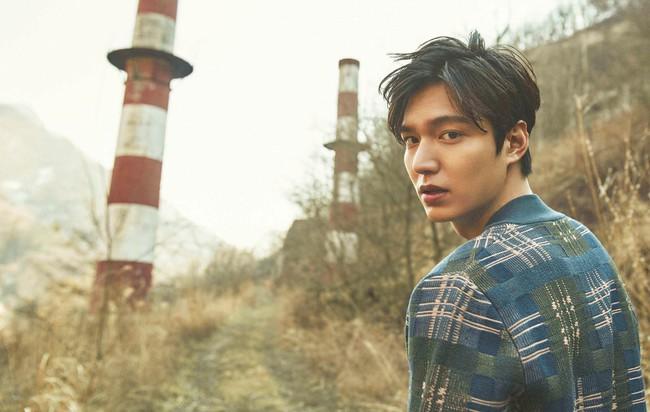 Kim Go Eun chính thức sánh vai cùng Lee Min Ho trong bom tấn mới của biên kịch Hậu duệ mặt trời - Ảnh 4.