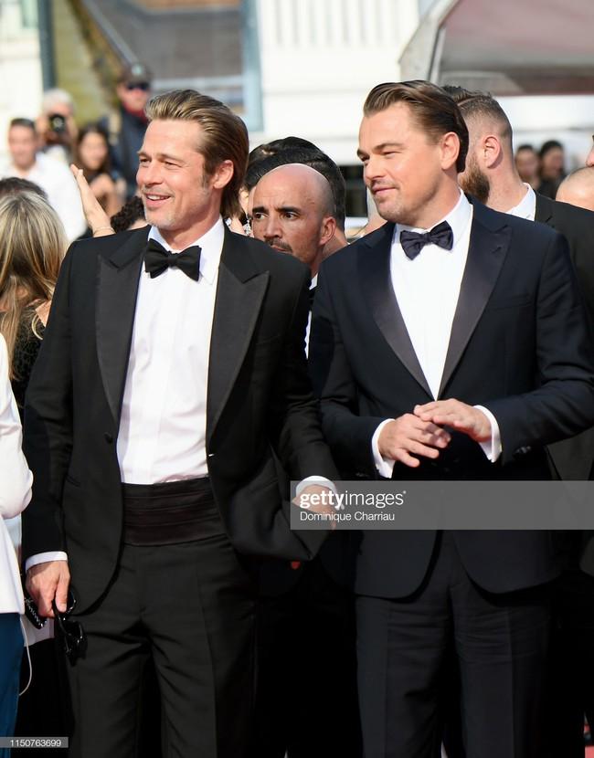 Brad Pitt và Leonardo trên thảm đỏ Cannes: Thời gian dẫu lấy đi cặp mỹ nam tuổi đôi mươi nhưng vẫn giữ lại cho ta hai gã lãng tử bậc nhất Hollywood - Ảnh 6.
