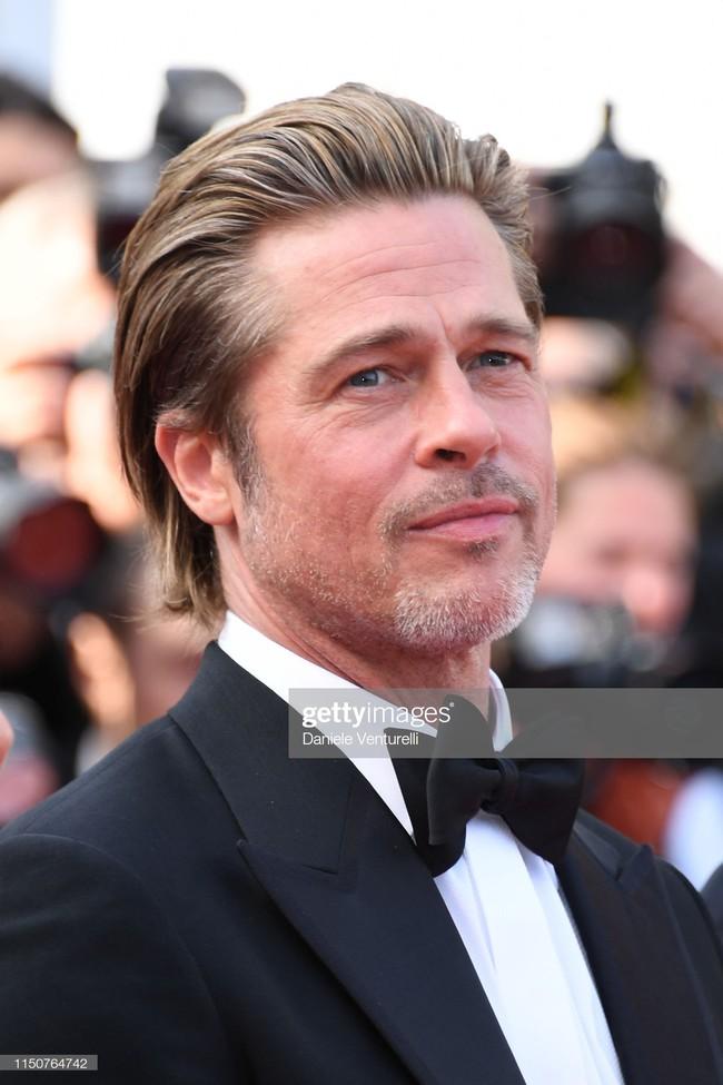 Brad Pitt và Leonardo trên thảm đỏ Cannes: Thời gian dẫu lấy đi cặp mỹ nam tuổi đôi mươi nhưng vẫn giữ lại cho ta hai gã lãng tử bậc nhất Hollywood - Ảnh 19.