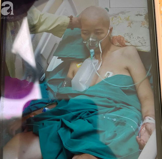 Mẹ của sản phụ bị ung thư, bất chấp nguy hiểm để sinh con: Tôi chỉ mong hai mẹ con nó được bình an trở về nhà - Ảnh 8.