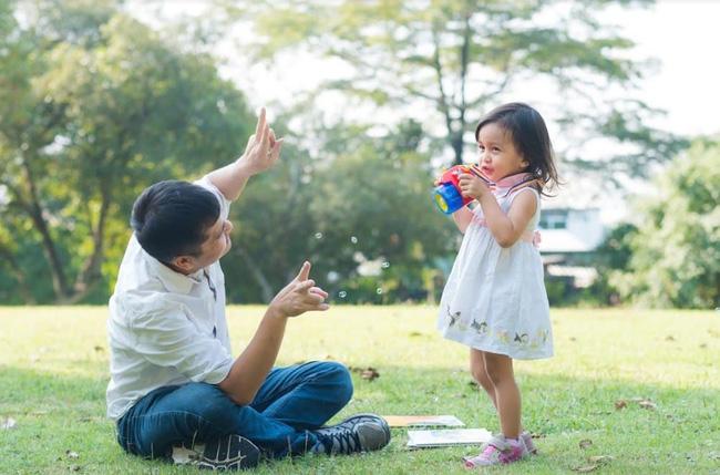 10 quy tắc đơn giản nhưng cần thiết ông bố nào cũng nên nằm lòng khi nuôi dạy một cô con gái - Ảnh 8.
