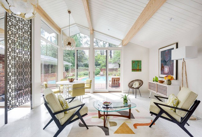 Phòng khách với những món đồ nội thất màu trắng: Sự lựa chọn thông minh, không bao giờ lỗi mốt - Ảnh 13.