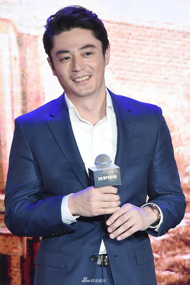 Trước khi bị Lâm Tâm Như dùng như phá, Hoắc Kiến Hoa từng là nam thần đẹp trai nhất nhì màn ảnh - Ảnh 18.